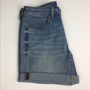 Sonoma Mid-Rise Cuffed Misses Size 4 Shorts